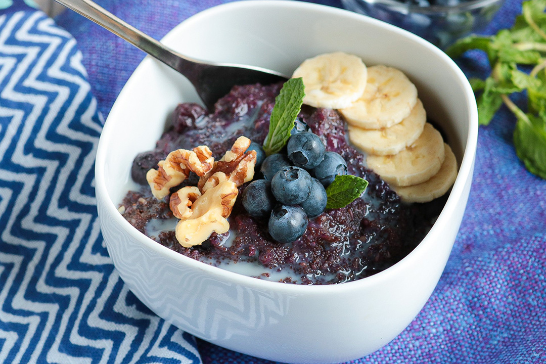 Instant Pot Blueberry Porridge is great for vegan breakfast or snack.
